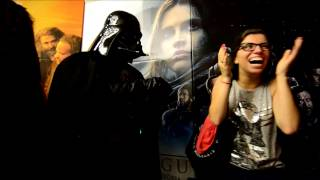 Fã de Star Wars pede noiva em casamento vestido de Darth Vader