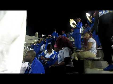Sidney Lanier Poets Marching Band Playing HEY