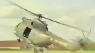 Видео момента падения вертолета в Сочи(Вертолет упал на придомовую территорию частного дома. Приземлился он на припаркованный у жилого строения..., 2016-11-02T04:55:39.000Z)