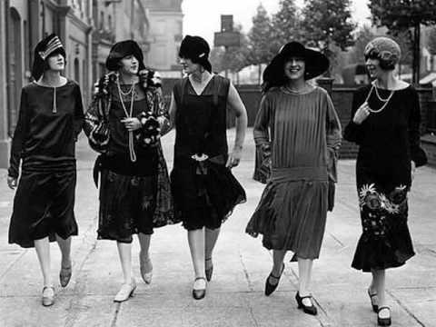 """Cliff """"Ukulele Ike"""" Edwards - Oh! Lady Be Good (1925)"""