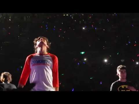 One Direction - One Way Or Another HD 17/10/13 Melbourne