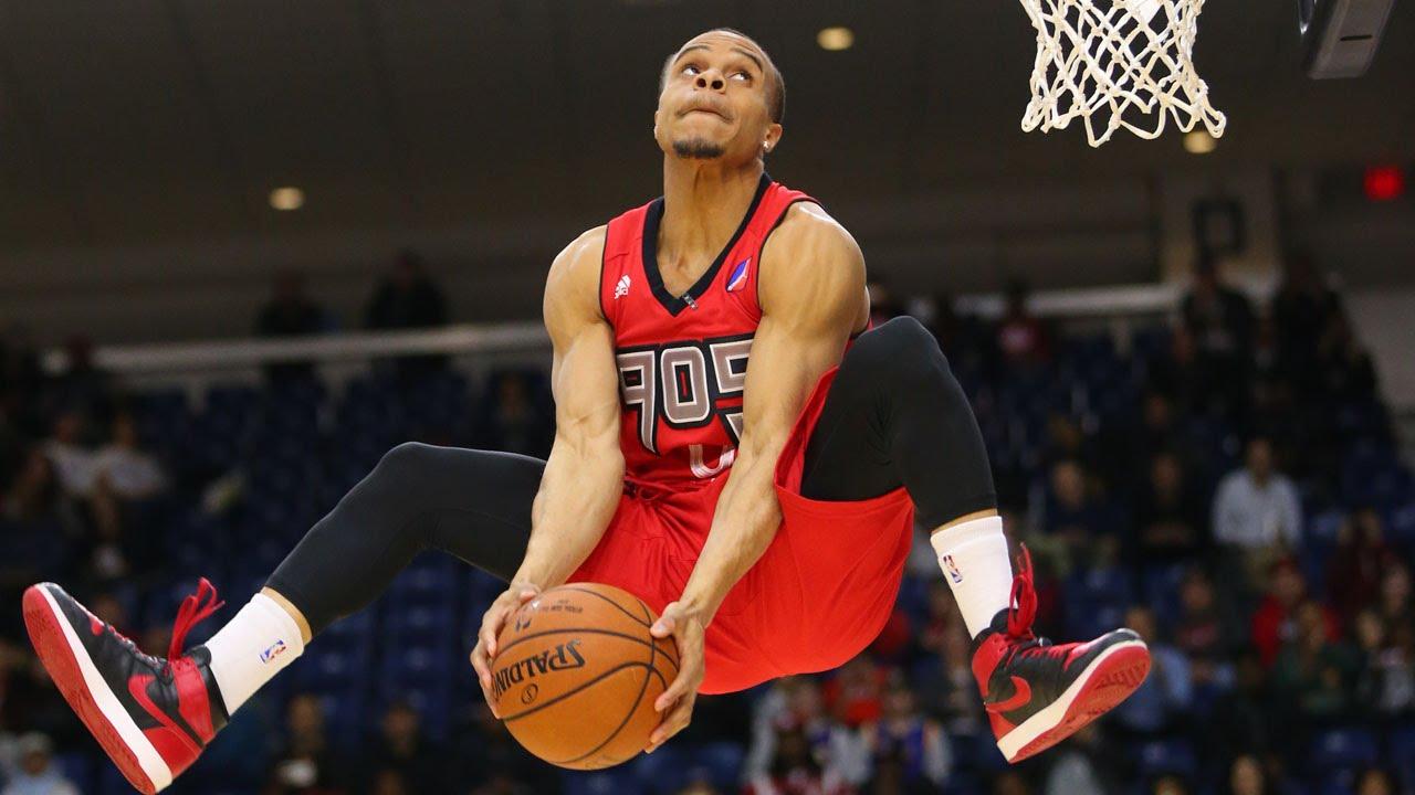 basketball dunks images