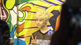 130802 Henry @ Channel V Thailand.(5)