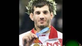 олимпийские чемпионы (чеченцы)
