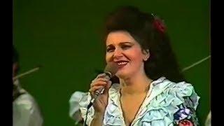IRINA LOGHIN - LIVE - OMUL PENTRU CE MUNCESTE (CHISINAU, 1990)