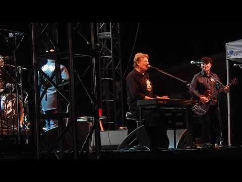 Burton Cummings ~ Star Baby ~ Live - ArtPark -...
