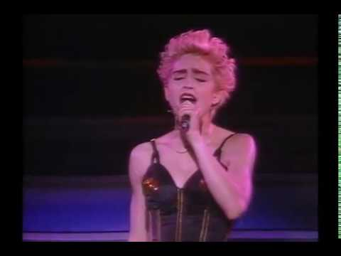 08. The Look Of Love - Madonna - Who's That Girl Tour - Live In Japan