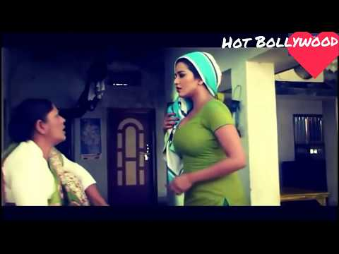 bhojpuri actress monalisa hot cleavage scene