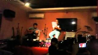 Để mãi có nhau - Acoustic guitar live at Giang coffee
