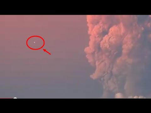 ¿OVNIS durante erupción de volcan Calbuco en chile? / UFO in Calbuco Volcano Eruption