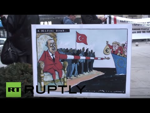 Bulgaria: Pro-Russia protesters rally against Erdogan in Sofia