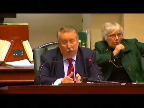 2012_01_12 Kamer : Jan Jambon protesteert bij Allo Flauhaut ivm geweigerde vraag Ben Weyts