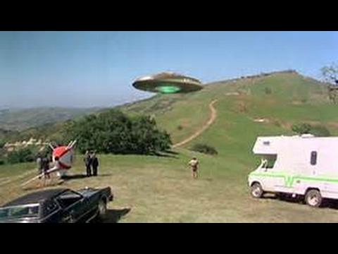 Escape To Witch Mountain 1975 Full Film HD. John Hough, Eddie Albert, Ray Milland.
