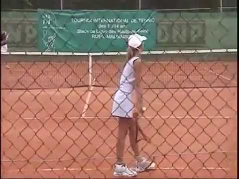Maria Sharapova training as a little girl