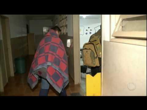 Com falta de roupa de cama, pacientes passam frio em hospital público de Porto Alegre (RS)
