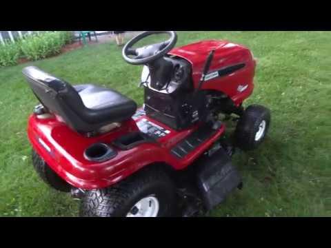 Craftsman DLT3000 Lawn Tractor