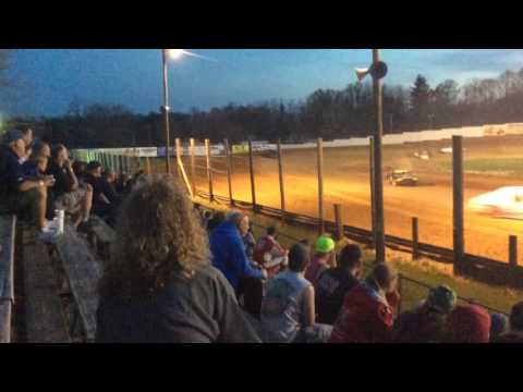 4-15-17 Bomber Heat Race 2 at Lincoln Park Speedway