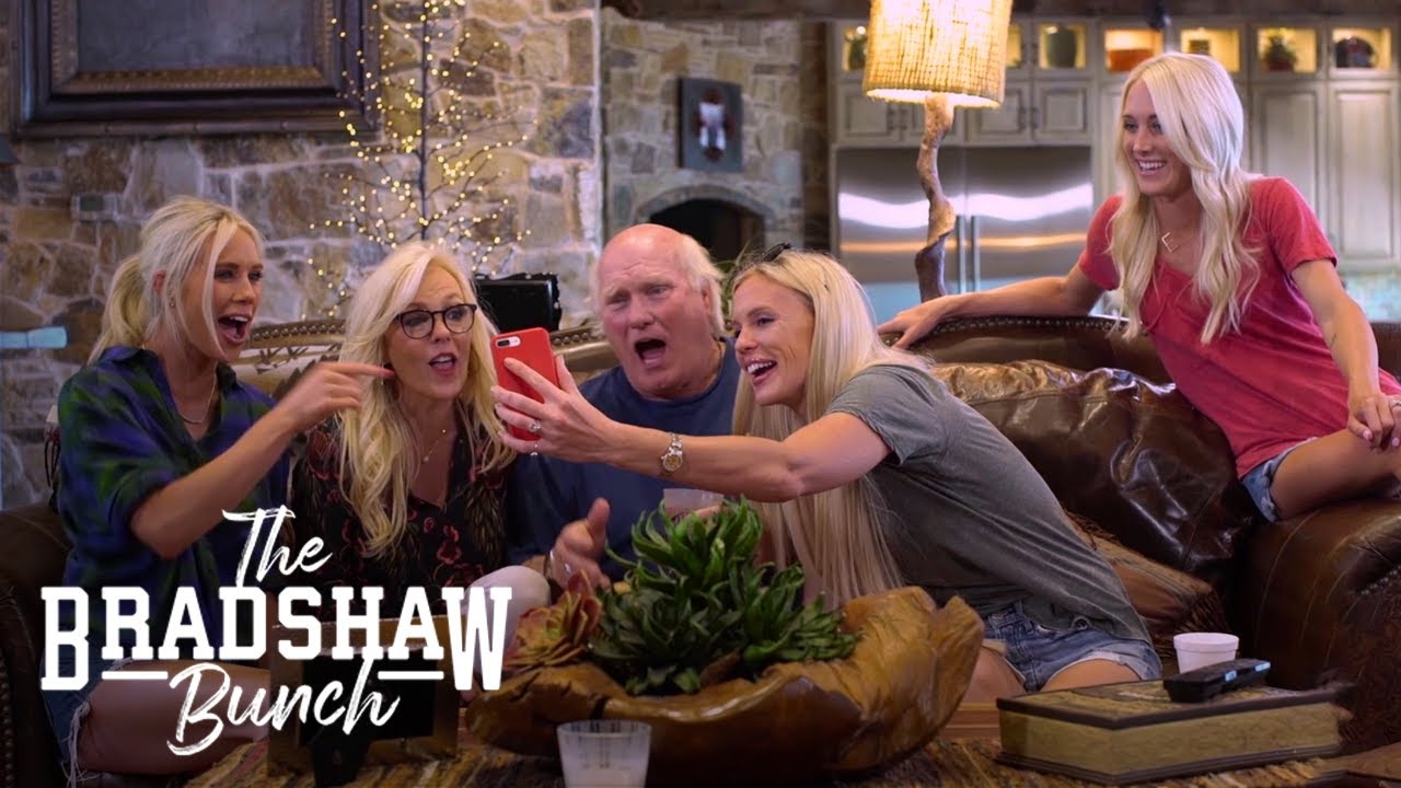 Terry Bradshaw stars in 'The Bradshaw Bunch' | How to watch, live ...