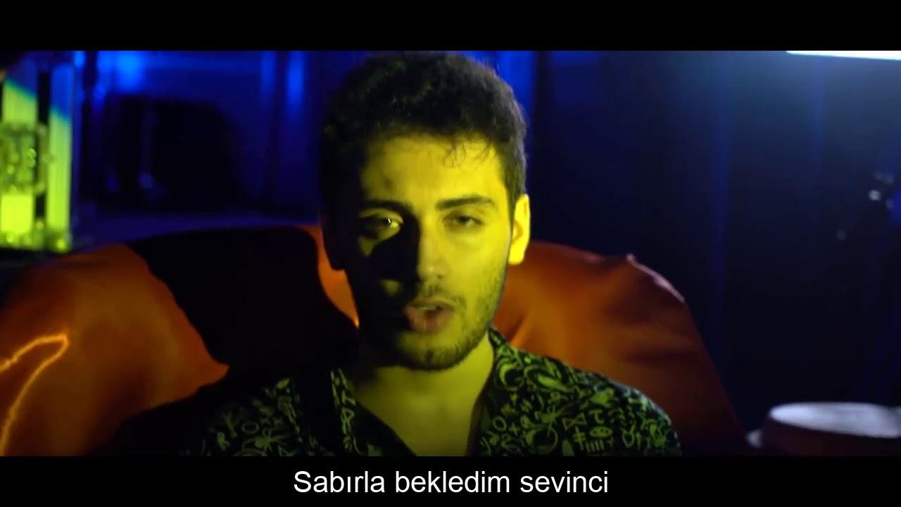 Enes Batur Feat Kaya Giray Gel Hadi Gel Sozleri Lyrics Youtube