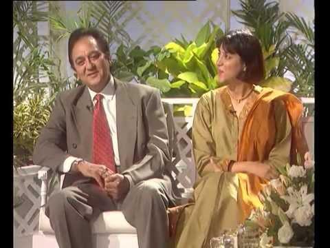 Rendezvous with Simi Garewal  Sunil Dutt and Priya Dutt 1997