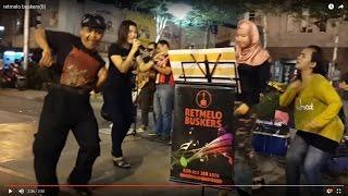 Bara Bere-nurul & Effa Razi Retmelo Buskers Cover Siti Badriah,goyang Asyik