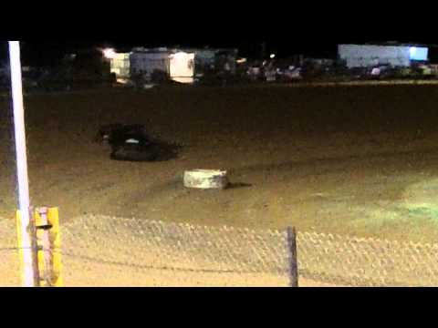 Mini Stock Heat Race #1 at Lawton Speedway 8/29/2015
