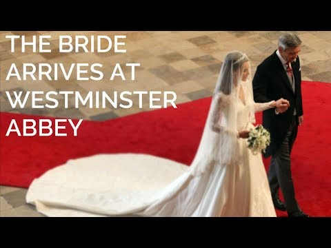 Catherine Middleton walks down the aisle