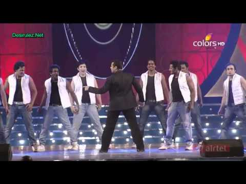 Salman Khans Peformance And Speech At Umang 2012 **HD Video**
