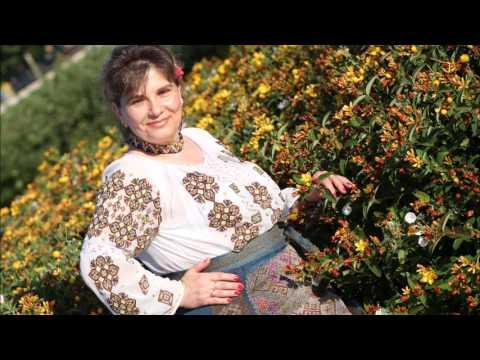 Florica Badea Stoica - Pe bancuta la fantana