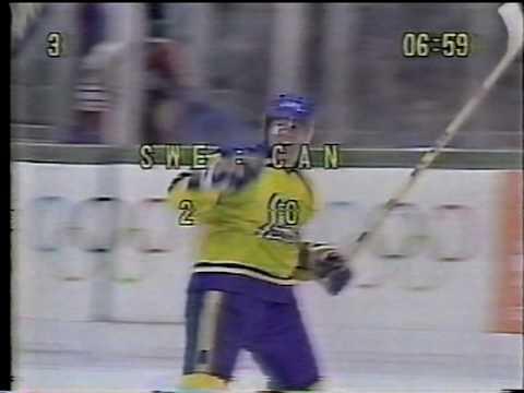 Södergren Scores For Sweden Vs Canada 1984 Olympics - YouTube