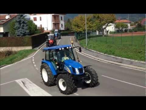 3° Raduno dei Trattori ad Anzano del Parco (CO)