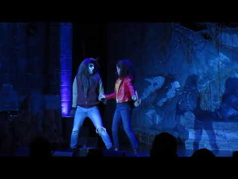 "Love at First Fright ""Little Red Riding Hood"" Fright Fest Six Flags Great America 9-28-19 thumbnail"