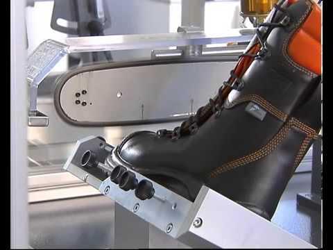 27d259adac9 Chainsaw boots test