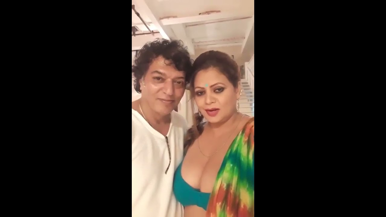 Download Sapna Sappu Live in Instagram in Middle of Hot Movie Shooting with Director