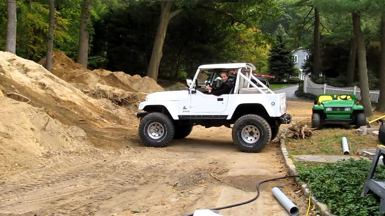 Jeep CJ7 mins diesel 4BT hill - YouTube