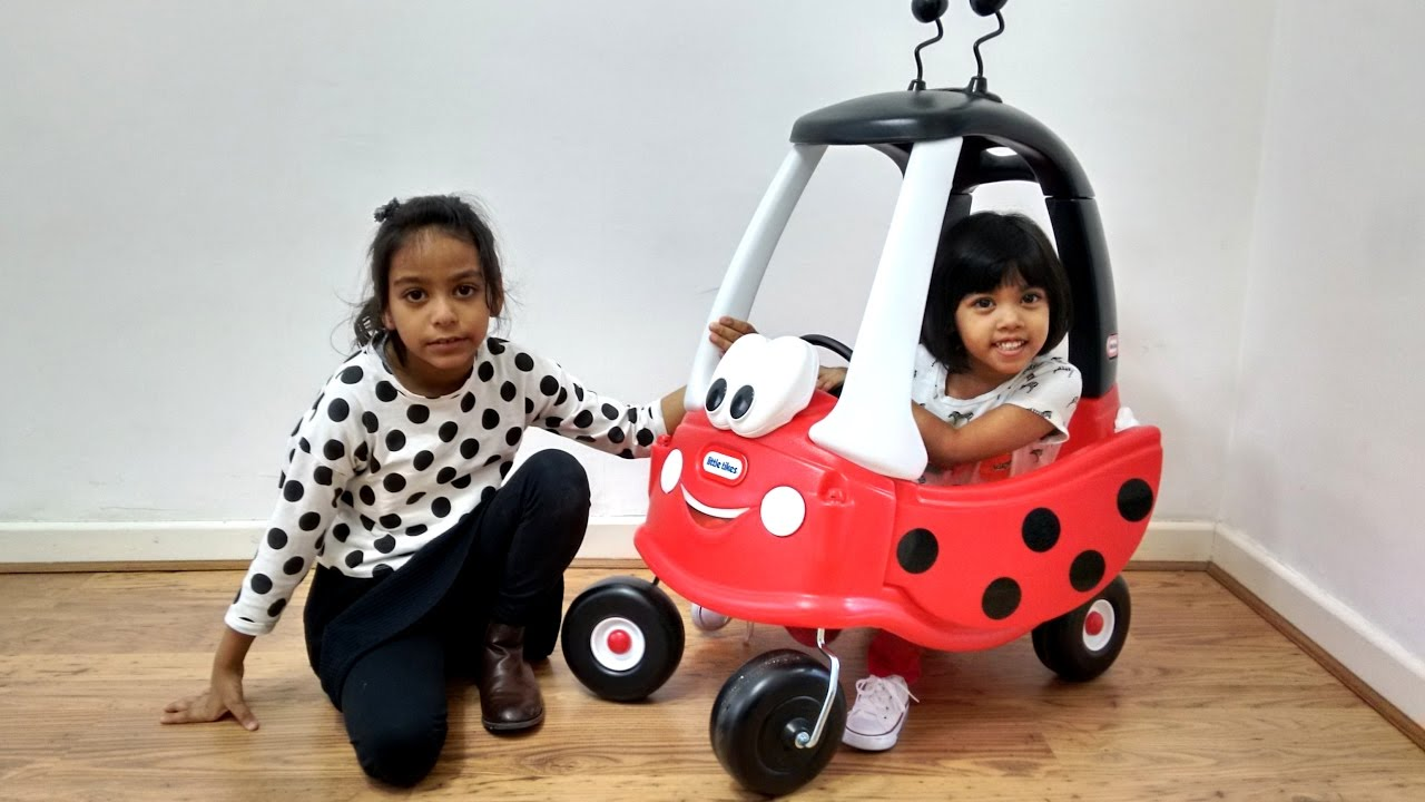 Ladybird Cozy Coupe Ride On Surprise Toy Unboxing