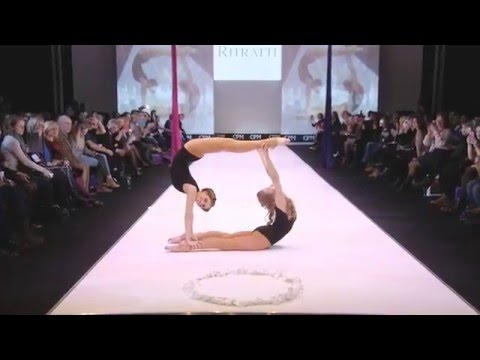 GRAND DEFILE LINGERIE Magazine Vintage Carrousel CPM Moscow 2016