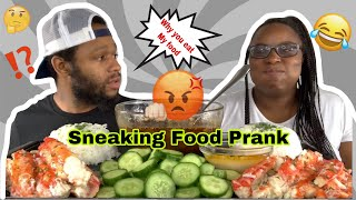 SNEAKING MY BOYFRIEND'S FOOD WHEN HE ISN'T LOOKING MUKPRANK & DESHELLED KINGCRAB MUKBANG!!!