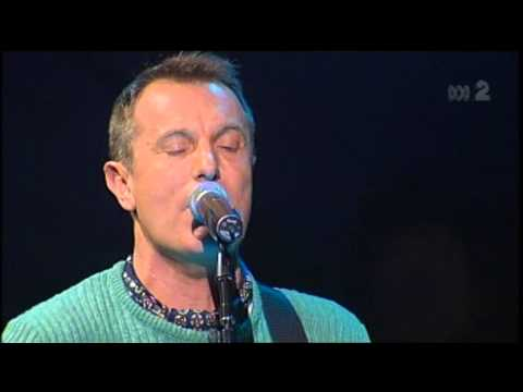 James Reyne (of Australian Crawl) - 'Reckless' (Live at the 2006 Countdown Spectacular)