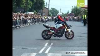 Dobra: Motorowy pokaz akrobacji w wykonaniu Rafała Pasierbka (Dobra)