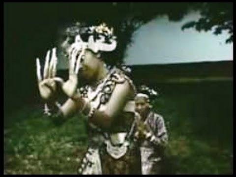 Palembang, Sumatra 1950-  A Mystical Ceremony- Indonesia Tempo Doeloe