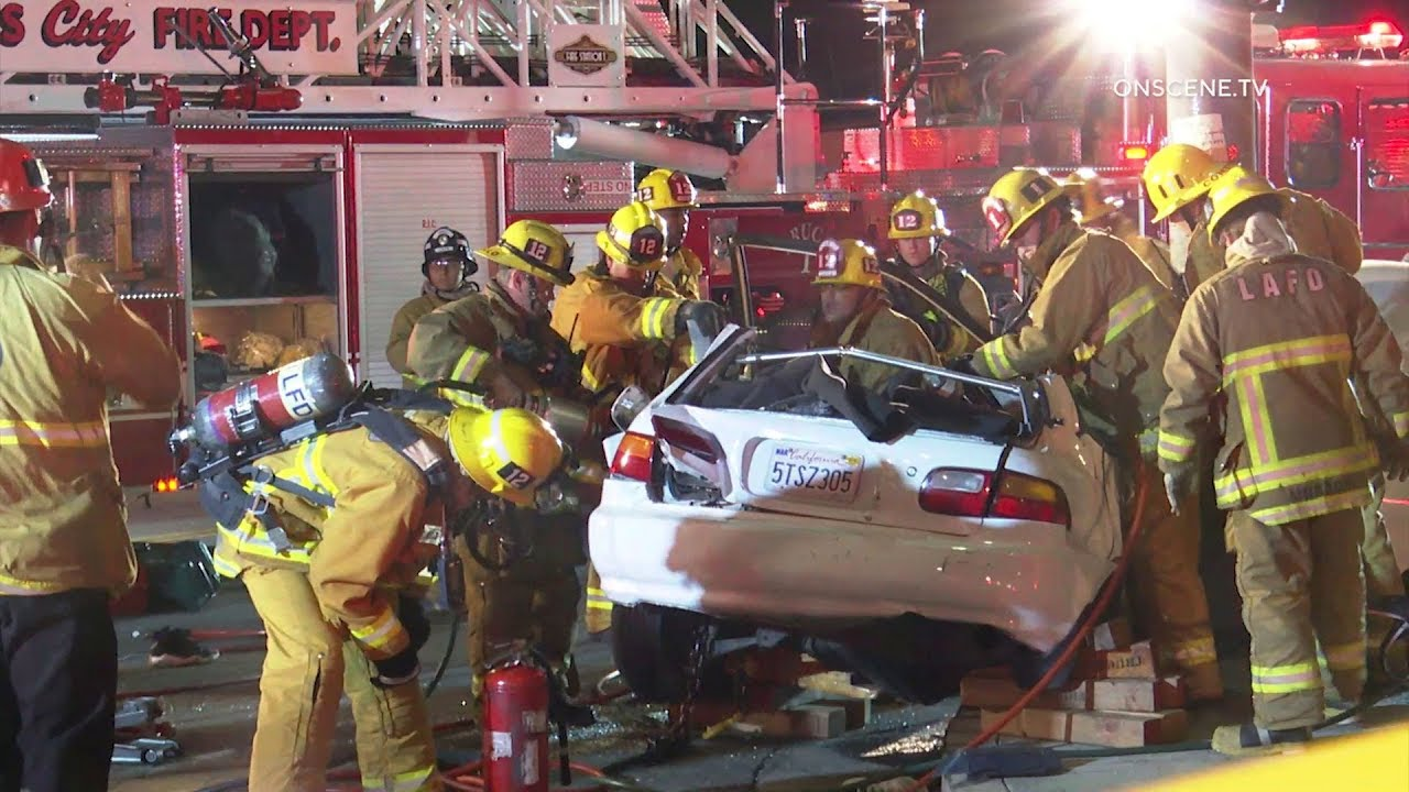 Crash Into Pole Leaves One Dead, Two Injured In Highland Park