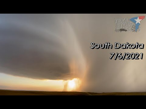 July 6, 2021 • Amazing Supercell at Sunset in South Dakota [4K]
