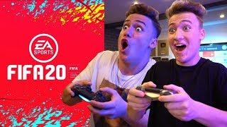 Ne jucăm FIFA 20 pe Playstation !!! cu Vlad Munteanu si Cristi Munteanu