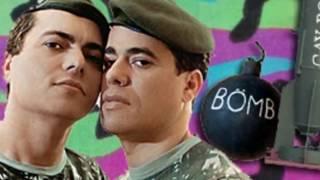 Эти безумные военные. Гей бомба