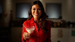 Candy Cane Cocktail Recipe, Holiday Drink Ideas, Yum How To