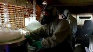Во все тяжкие (Breaking Bad) - Самый лучший трейлер (RUS)(«Во все тяжкие» (англ. Breaking Bad) — американский телесериал, созданный Винсом Гиллиганом. Сюжет сериала повест..., 2014-07-17T05:44:09.000Z)