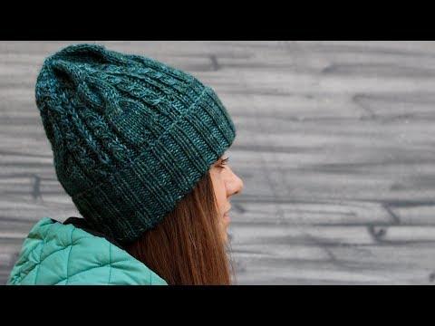 Вязание шапки из толстой пряжи спицами для женщин