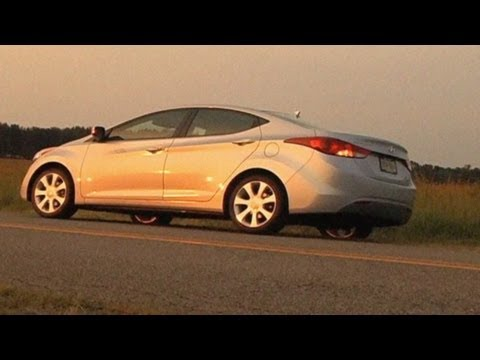 2011 Hyundai Elantra Review / Test Drive = MPGomatic