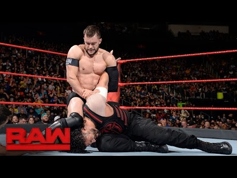 Roman Reigns vs. Finn Bálor: Raw, May 15, 2017 thumbnail